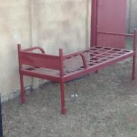 steel single bed