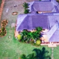 PRICE REDUCED! new price R2,5m OR NEAREST OFFEER!!