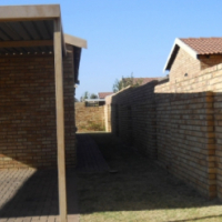 Eleadah complex R650000 just out of Randfontein