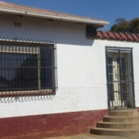 3 Bedroom House for Sale with vacant land, Capital Park