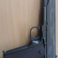 Air pistol with steel bullets