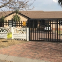 Newly Renovated 4 Bedroom House to Rent in Secunda