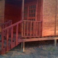 Log homes and Wendy houses for sale