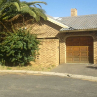 4Bdr House Diepkloof For Sale