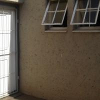 Secure garden flat Clubview Centurion