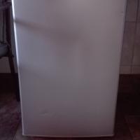 Logik 130 lit Silver bar fridge for sale. Excellent workings condition.