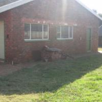 Complete smallholding.10km West of Pretoria