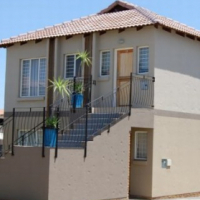 2 Bedroom Full Bathroom Townhouse for Sale