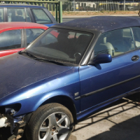 2001 SAAB convertable Body still in good condition