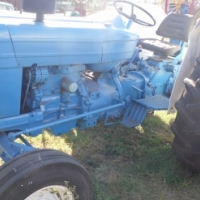 Ford 4000 tractor at auctioneer discount price