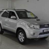 Toyota Fortuner 3.0D-4D A/T