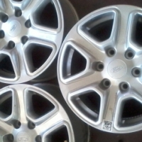 Ford Ranger 17'' second hand mags available.