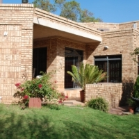 3 BEDROOM HOUSE WITH DOUBLE GARAGE - 1 SEPTEMBER 2016