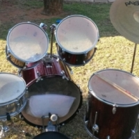 In Brand New Condition, Complete 8 Piece Maroon Red Mapex Tornado Drum Set for sale.. Good as New...