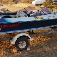 RAVEN Bow-Rider Boat