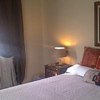 Large corner sunny fully furnished room to let in Bellville.