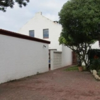 4 BEDROOM HOUSE FOR SALE IN BLUEWATER BAY