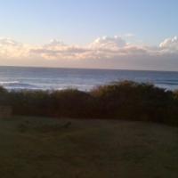 ON the beach, seaviews, sleeps 6, Hibberdene