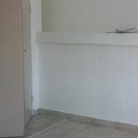 SPACIOUS 2 BEDROOM FLAT TO RENT . HEIDELAND FLATS , 99 GREEFF STREET , SUNNYSIDE