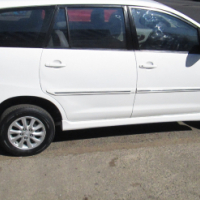 2012 toyota innova 2.7 in a good condition