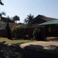 4 Bedroom House For Sale In Theresa Park With A Flat