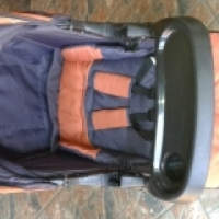 Charcoal Chelino pram and car seat CLEAN