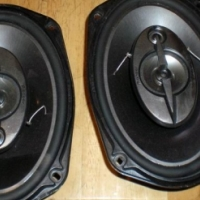 """As good as New 2x Pioneer Sub Woofers, 2x XTC amps & 2x """"6x9"""" Pioneer Speakers for Sale..."""