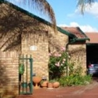 Centurion - Room to Rent in Furnished Townhouse