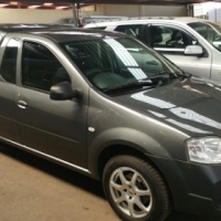 2013 Nissan NP200 1.6 P/U S/C with Canopy