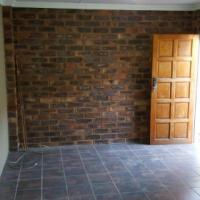 Rietfontein/ Villieria garden flat