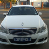 2012 Mercedes benz c180 with low km for bargain price