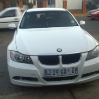 2007 BMW e90 320i in good condition with low km for bargain.