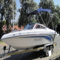 Panache 2250 with 5.7L V8 Mercruiser Alpha 1 Gearbox with DTS