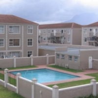 2 Bedroom Flat For Sale in Strand
