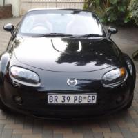 Mazda MX5 2.0 , 2005, Convertible, Black exterior and Tan Interior