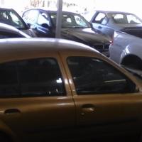 2001 CLIO1.4