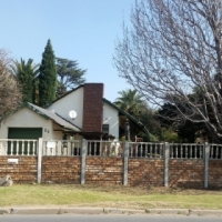 Family house in need of TLC for sale in Illiondale Edenvale