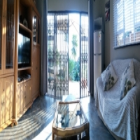 Secluded apartment in Park Hill for two adults - R800 - no children Gay-friendly