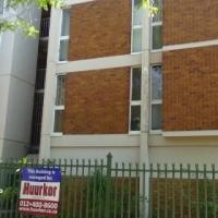 ATTENTION INVESTORS - 4 BEDROOM FLAT - R450 000