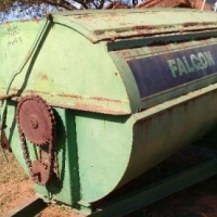 Fertilizer Spreaders Falcon Rotor Spreader