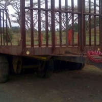 Other Tri- Axle Tag Trailer with post holes