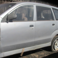 2009 Toyota Avanza breaking for parts