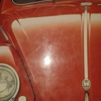VW Beetle: A Comprehensive Illustrated History of the World's Most Popular Car - Keith Seume.