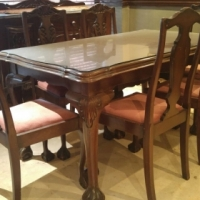Antique Ball & Claw 6 seater Dining room suit with matching Sideboard! R7500