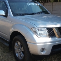 Navara 2.5 DCI in good condition for sale or swop