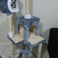 Cat scratching posts R1300