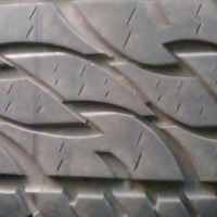 265/65/17 Bakkie tyres excellent condition at 850 each,just have a look.
