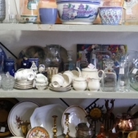 2ND HAND SHOP FOR SALE