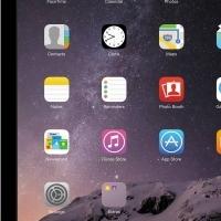 iPad Air, 64GB, WiFi + Cellular, black with case