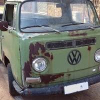 Volkswagen T2 Low Light Bay Window Single Cab Dropside Pick-Up Kombi.